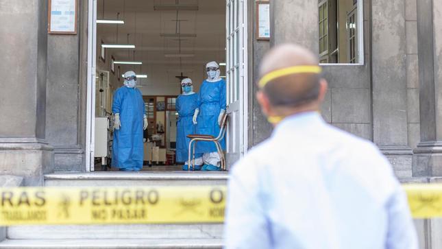 Perú: Ministro de Salud, Víctor Zamora se muestra confiado de reiniciar actividades parcialmente el lunes 27 de abril