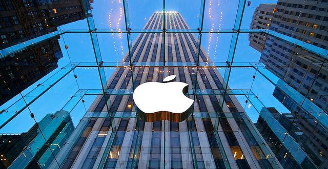 Apple acordó pagar 500 millones de dolares por desacelerar los viejos iPhone