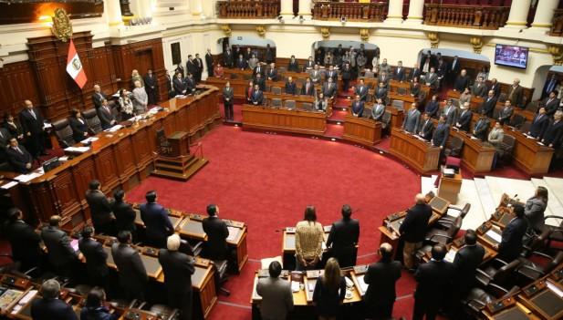 Por qué debemos ahora cambiar el Sistema Politico y de Justicia Peruano