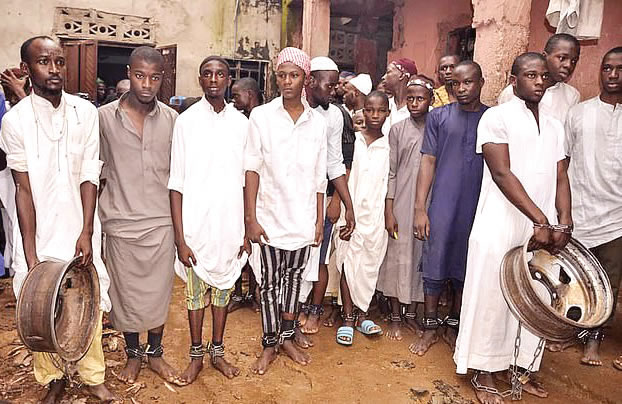 Fanatismo Islámico 259 personas liberadas de centro islámico en Nigeria