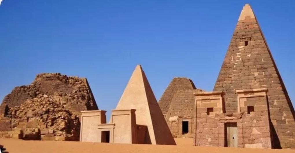 Descubre las pirámides de Meroe el panteon de los faraones negros